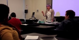 Joni Siani teaching a college course on Effective Communication